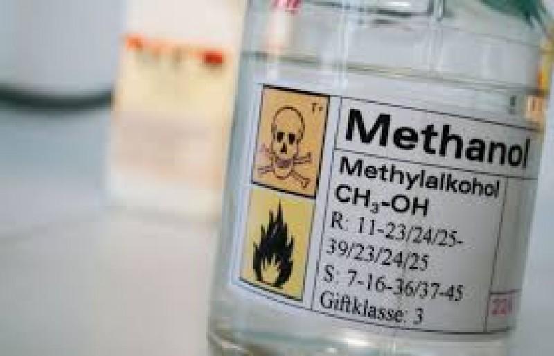 Nhiều giải pháp siết chặt quản lý rượu chứa methanol
