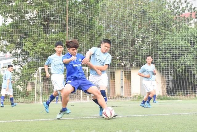 Sôi nổi Giải bóng đá CNVCLĐ quận Thanh Xuân năm 2019