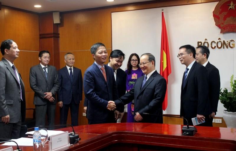 Kim ngạch thương mại giữa Việt Nam và Quảng Tây đạt 26,73 tỷ USD