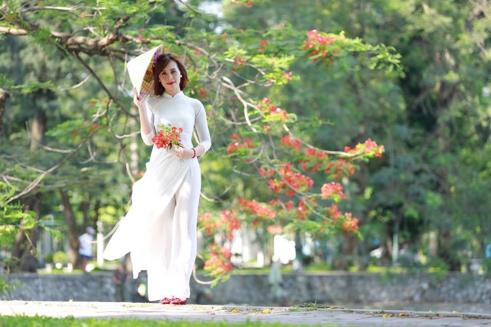 """Phát động cuộc thi ảnh """"Phụ nữ Thanh Xuân tôn vinh áo dài Việt"""" năm 2021"""