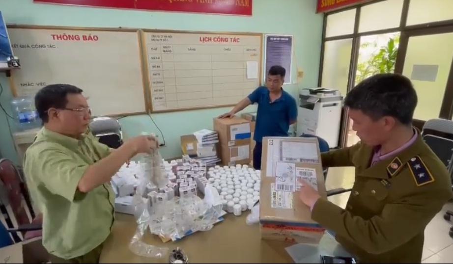 Gần 300.000 dược phẩm Hàn Quốc không rõ nguồn gốc đi ra từ Nội Bài bị thu giữ