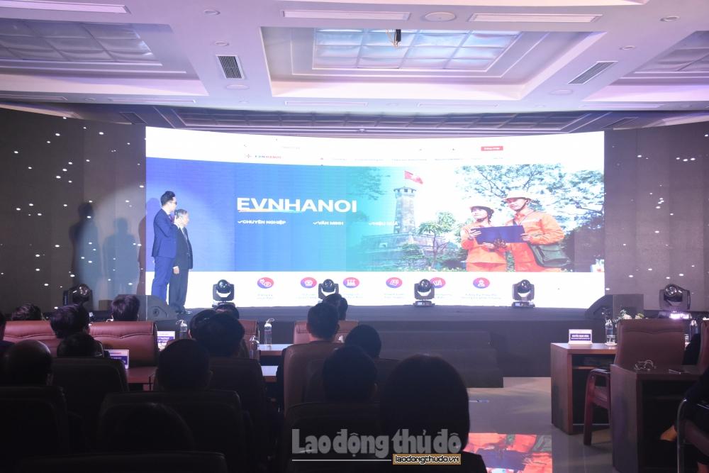 EVN Hà Nội ra mắt hệ sinh thái chăm sóc khách hàng