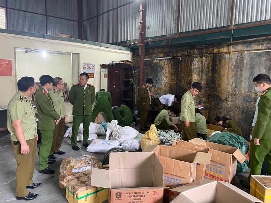 Bắt quả tang cơ sở gia công, đóng gói thuốc đông y gia truyền nghi giả ở Hà Nam