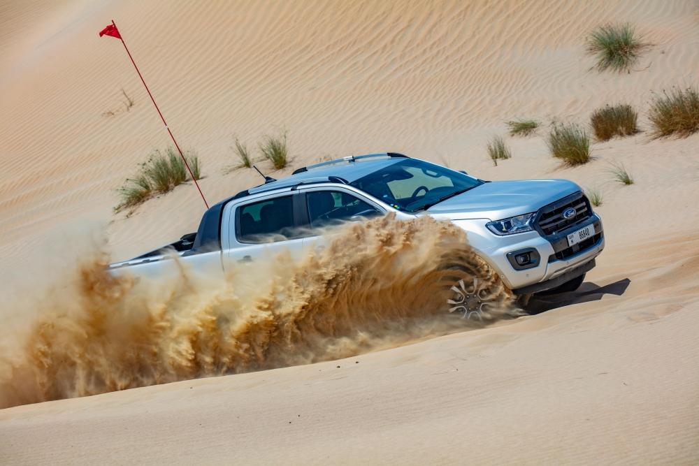 Thử thách khắc nghiệt Ford Ranger tại một trong những địa điểm nóng nhất hành tinh