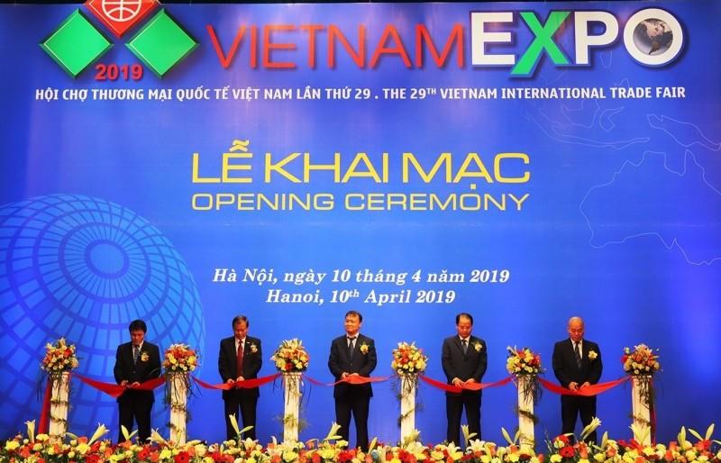 Khai mạc Hội chợ Thương mại quốc tế Vietnam Expo 2019