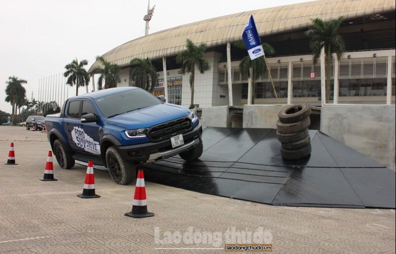 Ford SUV Drive - Thách thức mọi giới hạn