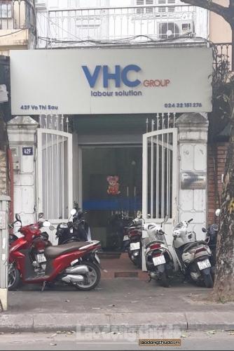 """Nhân viên Công ty xuất khẩu lao động VHC """"ôm"""" tiền đặt cọc bỏ trốn"""