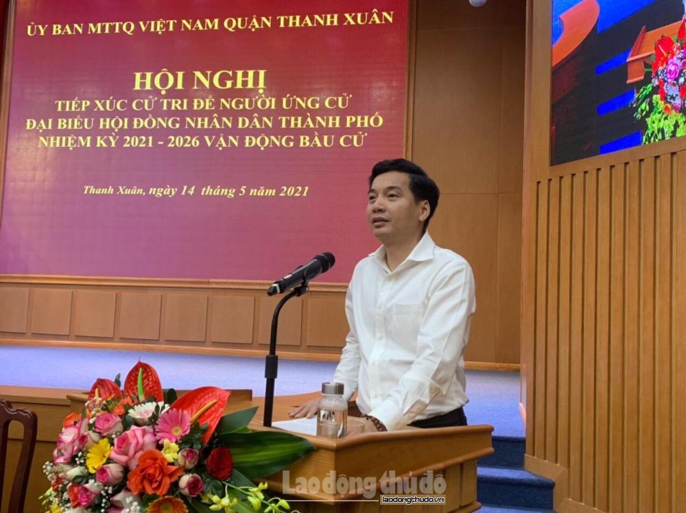 Người ứng cử đại biểu Hội đồng nhân dân thành phố Hà Nội tiếp xúc cử tri tại quận Thanh Xuân