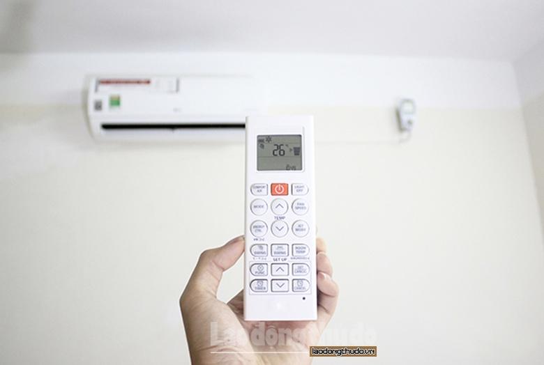 Nắng nóng gay gắt, EVN Hà Nội khuyến nghị khách hàng sử dụng điện tiết kiệm