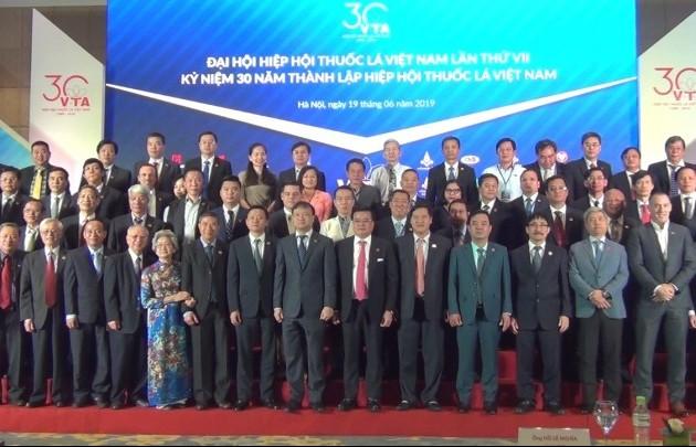 Hiệp hội thuốc lá Việt Nam: 30 năm tiếp tục hành trình