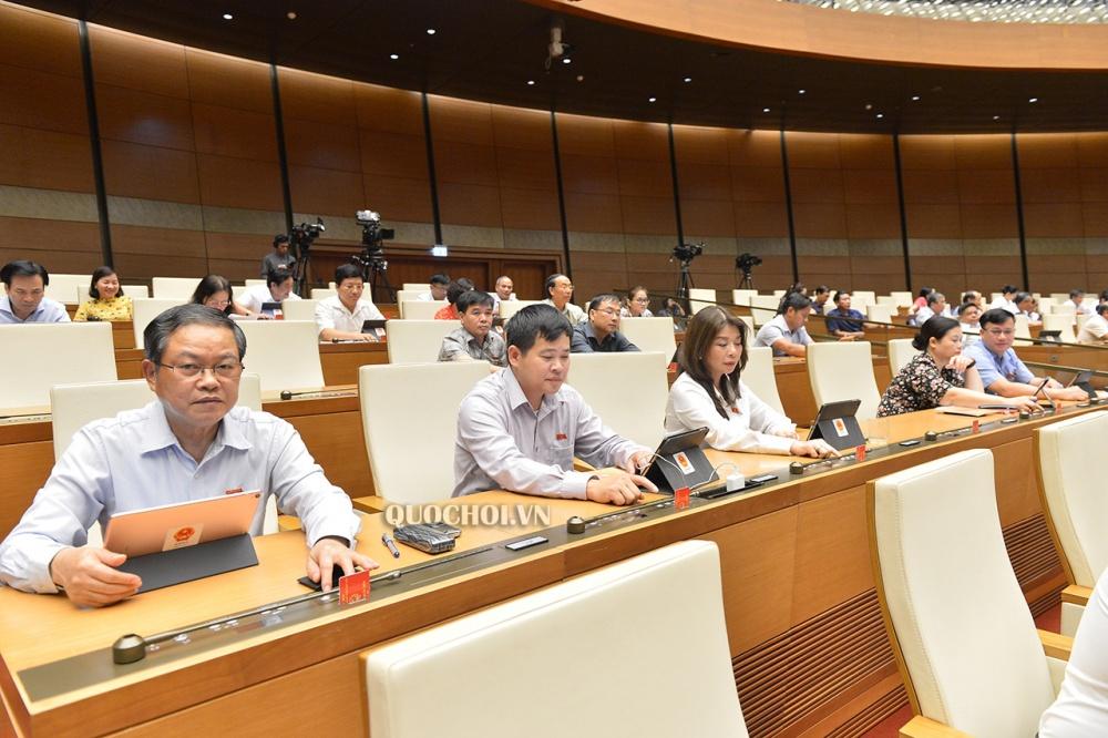 Quốc hội chính thức thông qua Nghị quyết miễn thuế sử dụng đất nông nghiệp