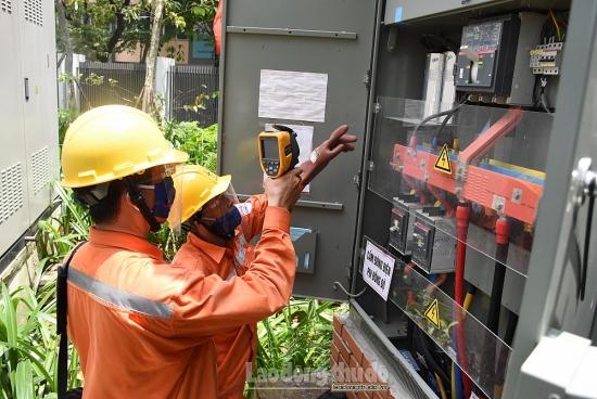 Nắng nóng gay gắt: Sử dụng điện an toàn và tiết kiệm