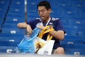 Nhặt rác ở World Cup và câu chuyện văn minh thương mại Việt Nam