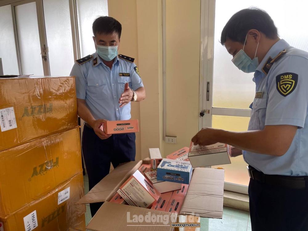 Hà Nội: Thu giữ 15.000 sản phẩm thuốc lá điện tử các loại nhập lậu
