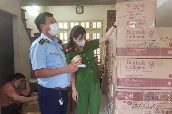 Hà Nội: Phát hiện gần 12.000 sản phẩm dầu gội, thuốc nhuộm tóc có dấu hiệu nhập lậu