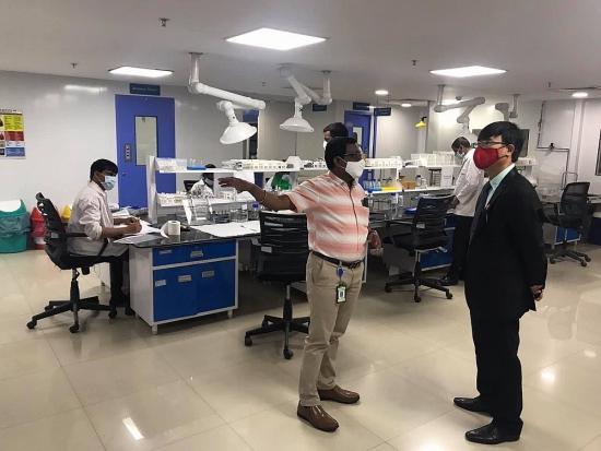 Ấn Độ sẵn sàng phối hợp với Việt Nam thử nghiệm và sản xuất vắc xin Covid-19