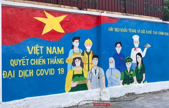 Phòng, chống dịch Covid-19: Khác lạ từ việc ứng dụng sắc màu nghệ thuật đường phố