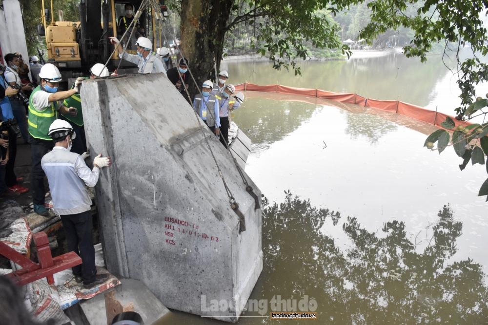 Hà Nội: Chính thức hợp long toàn tuyến bờ kè Hồ Hoàn Kiếm