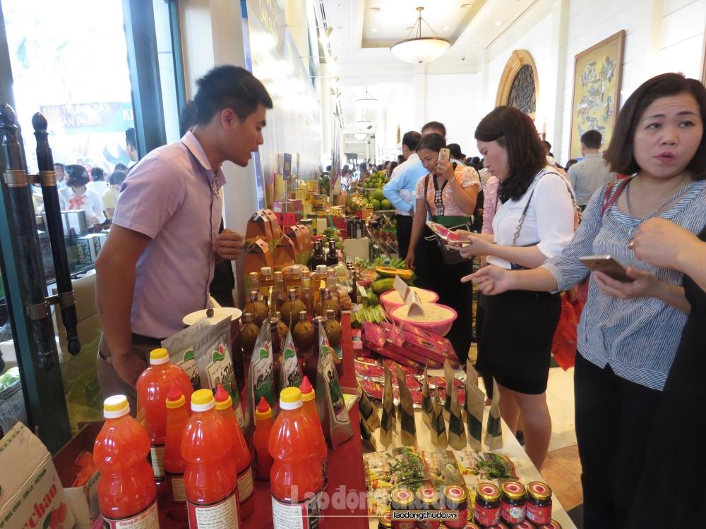 Đẩy mạnh kết nối doanh nghiệp Việt với các hệ thống phân phối nước ngoài