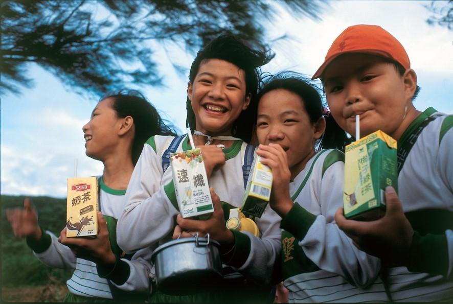 Tetra Pak tiếp tục cam kết không đổi về bảo vệ an toàn thực phẩm, con người và tương lai