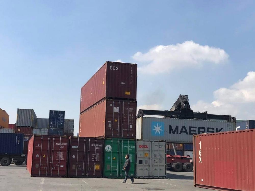 Bộ Công Thương đề nghị giảm phí lưu container, lưu kho cho doanh nghiệp