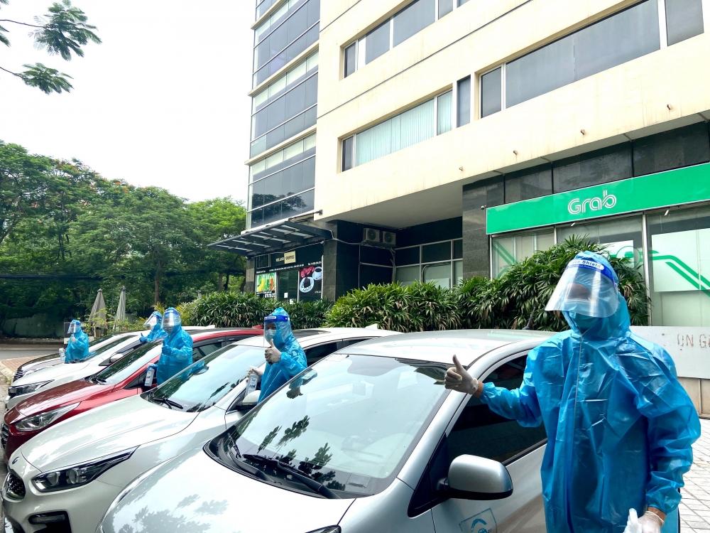 Grab Việt Nam triển khai đội xe phục vụ y tế, hỗ trợ công tác phòng chống dịch tại Hà Nội