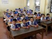 EVN Hà Nội: Tặng 50.000 cuốn vở tới học sinh khó khăn trên địa bàn Thủ đô