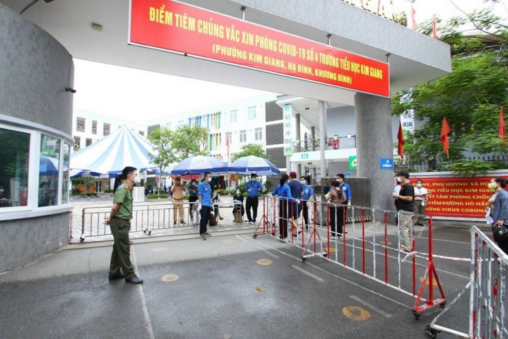 Phường Kim Giang sớm hoàn thành tiêm vắc xin cho người dân