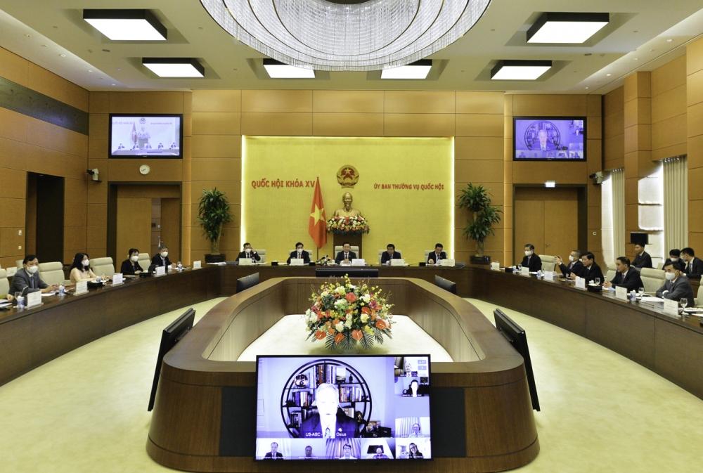 Chủ tịch Quốc hội Vương Đình Huệ làm việc trực tuyến với Hội đồng Kinh doanh Hoa Kỳ - ASEAN