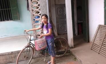 Cảm phục nghị lực của cô bé nghèo học giỏi