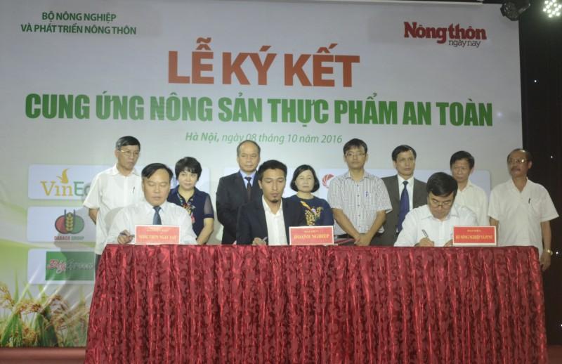 Nhiều tập đoàn lớn tham gia ký kết cung ứng nông sản thực phẩm an toàn