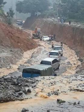 Chung tay hỗ trợ người dân tỉnh Hòa Bình bị thiệt hại do mưa lũ