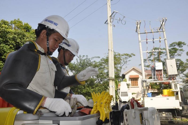 Ngạc nhiên với phương pháp sửa chữa điện nóng
