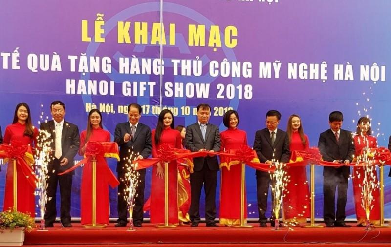 Khai mạc Hội chợ quốc tế Quà tặng hàng thủ công mỹ nghệ