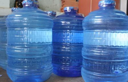 Ngăn chặn việc tăng giá mặt hàng nước đóng chai, đóng bình bất hợp lý