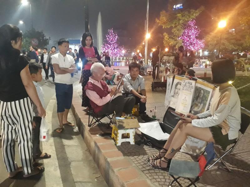 Phố đi bộ Trịnh Công Sơn: Đưa du khách trở về một thoáng làng Việt