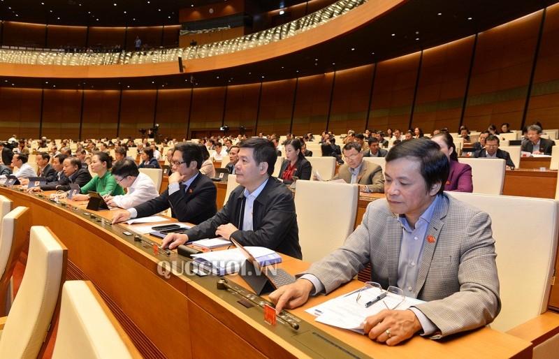 Quốc hội thông qua Bộ luật Lao động (sửa đổi)
