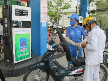 Giữ nguyên giá xăng, tăng giá dầu ở lần điều chỉnh đầu tiên 2018