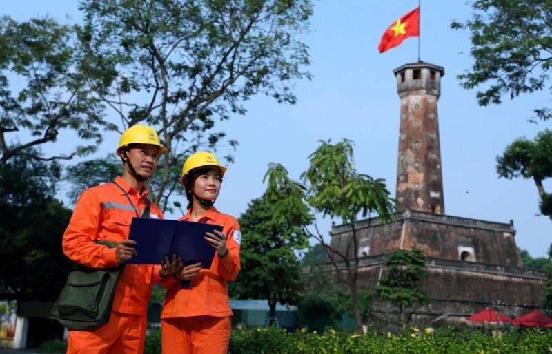 Đảm bảo điện phục vụ nhân dân Thủ đô dịp Tết Dương lịch