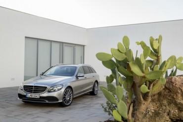 Mercedes-Benz C-Class 2019 được trang bị công nghệ hiện đại như S-Class