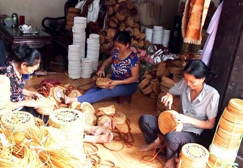Làng nghề mây tre đan Phú Vinh hôm nay
