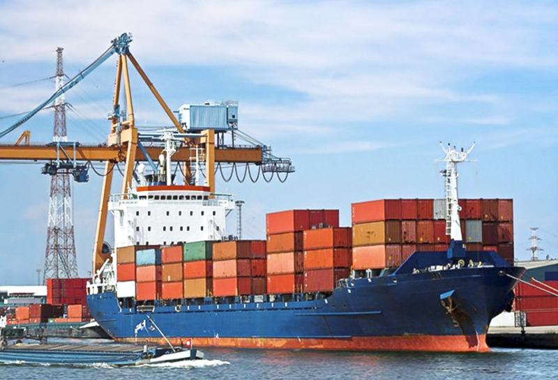 Sức ép để ngành logistics Việt cất cánh