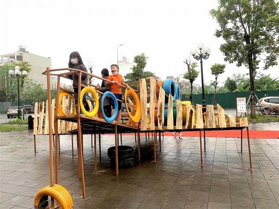 Sân chơi trong phố: Món quà tinh thần cho trẻ thơ