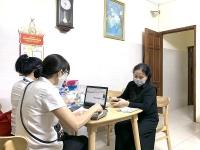 Người dân phấn khởi được chi trả lương hưu an toàn trong mùa dịch