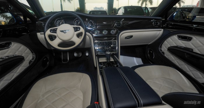 can canh bentley mulsanne speed 2015 mau doc nhat viet nam