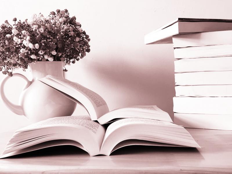 Sáng tác những tác phẩm văn học, nghệ thuật xứng tầm