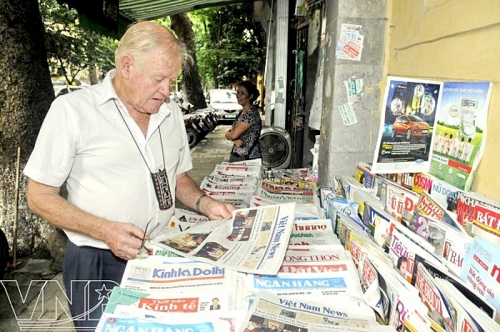 Học tập đạo đức báo chí  Hồ Chí Minh