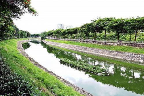 """Kỳ vọng sông Tô Lịch sẽ khỏi """"bệnh ô nhiễm""""!"""
