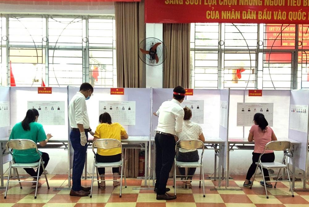 Báo chí góp phần thành công cho cuộc bầu cử