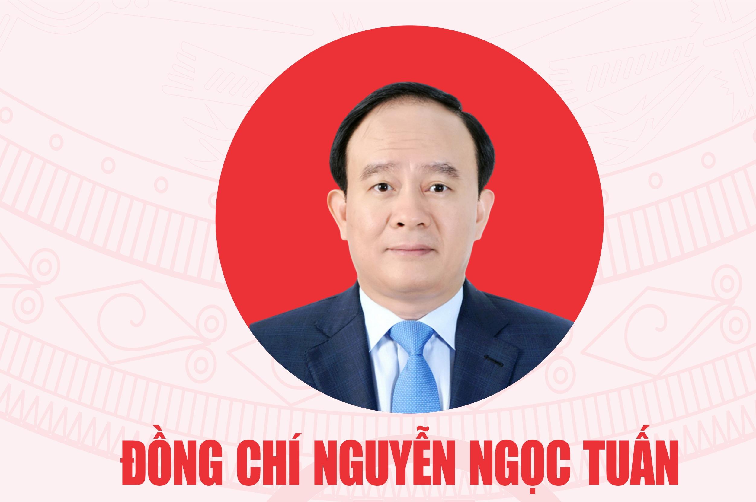 [Infographic] Chân dung Chủ tịch Hội đồng nhân dân thành phố Hà Nội Nguyễn Ngọc Tuấn